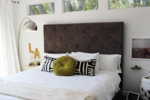Love these throw pillows for a bed. I found this inspiration on one of my favorites, Apartment Therapy